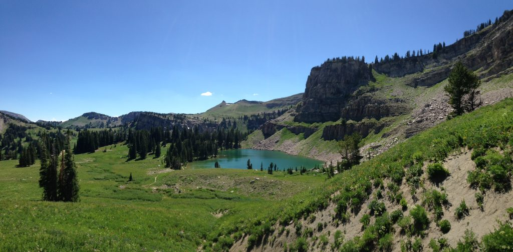 5 Lake Hikes in Grand Teton | Skinny Skis